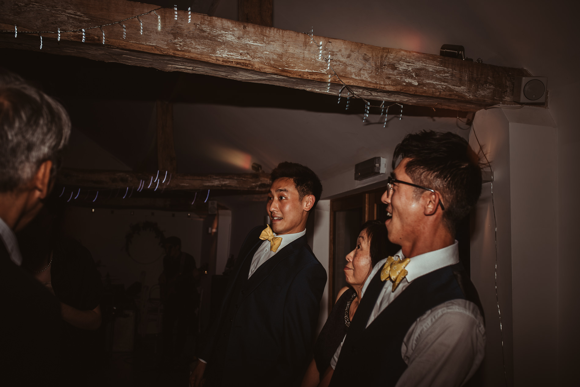 beccles_white_dove_barn_suffolk_wedding_festival119