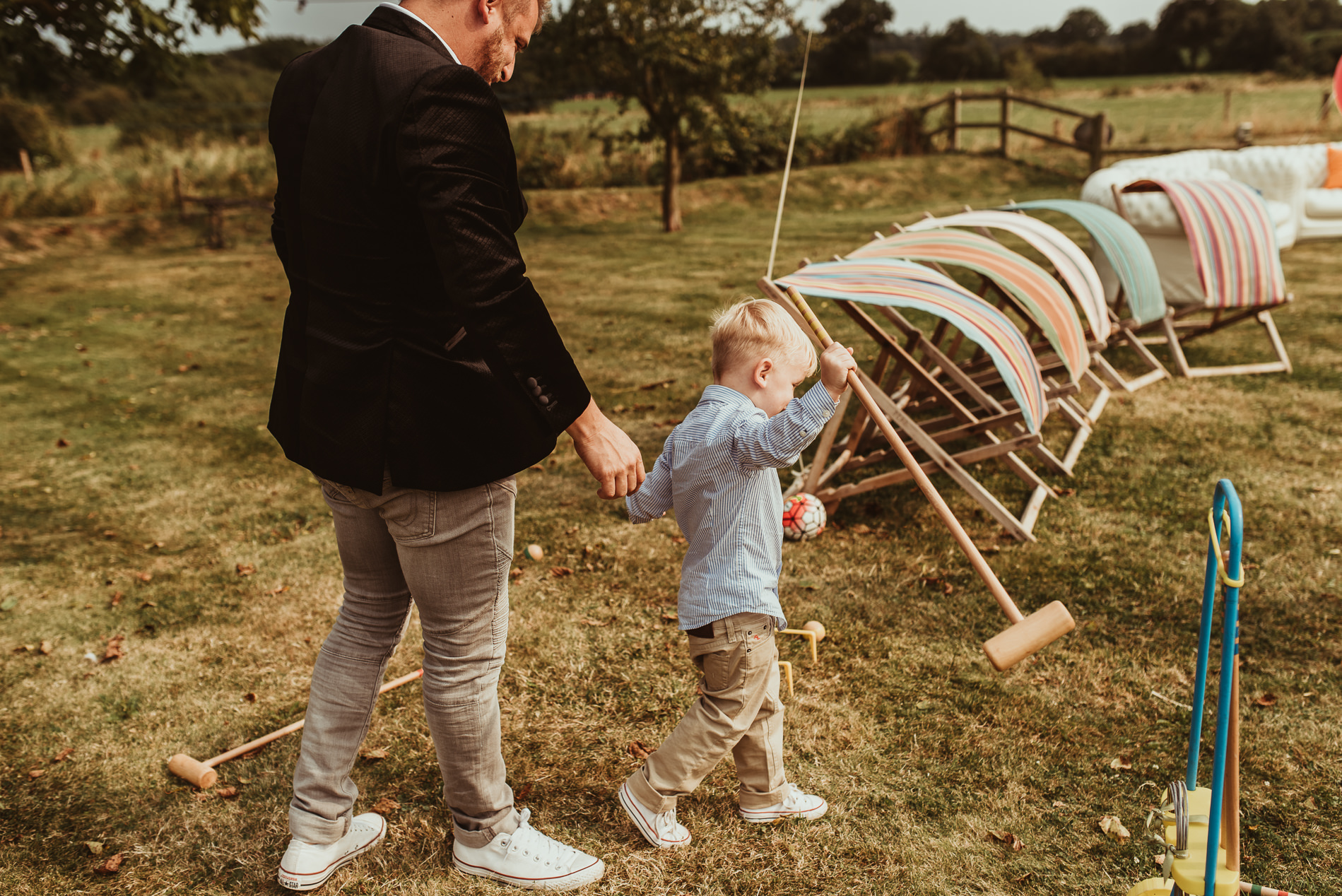 beccles_white_dove_barn_suffolk_wedding_festival51