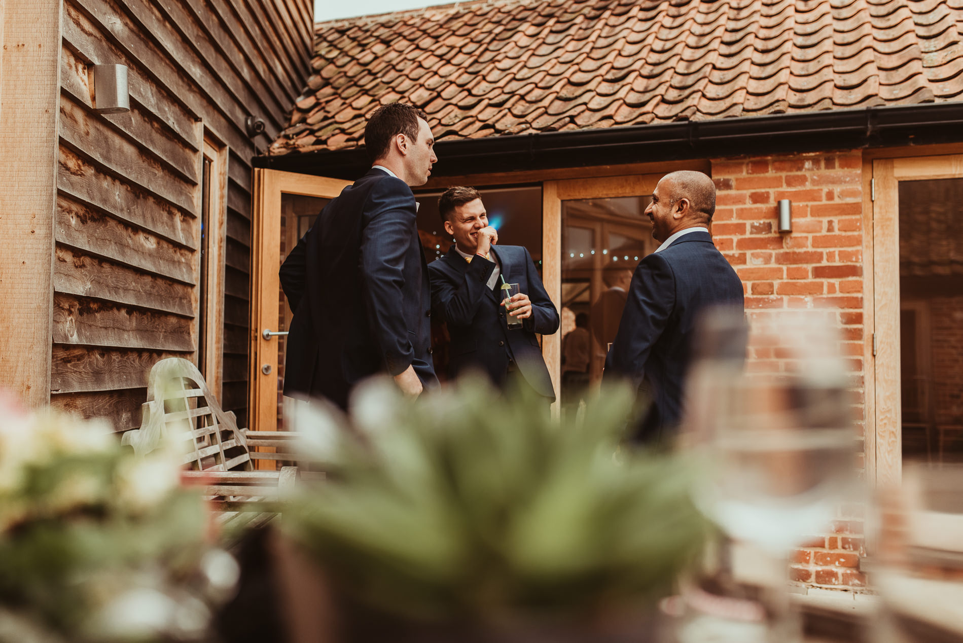 beccles_white_dove_barn_suffolk_wedding_festival71