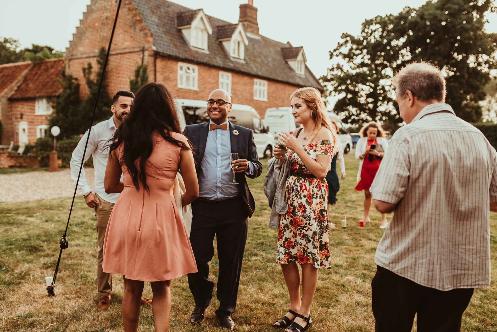 beccles_white_dove_barn_suffolk_wedding_festival83