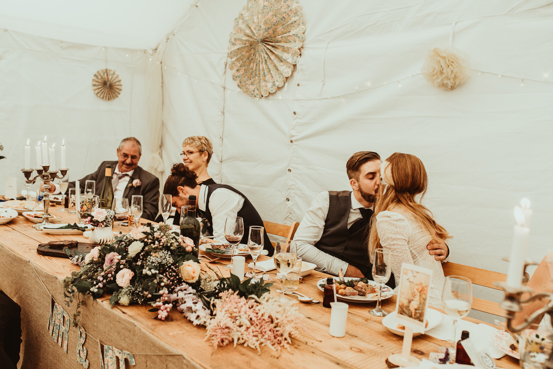 bohemian_wedding_lawshall_church_garden103