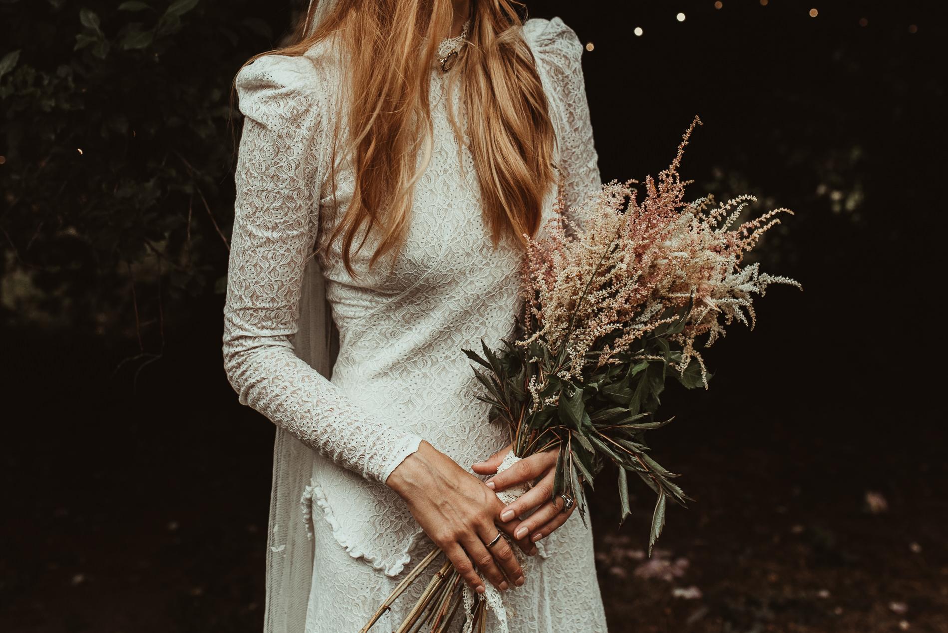 bohemian_wedding_lawshall_church_garden113