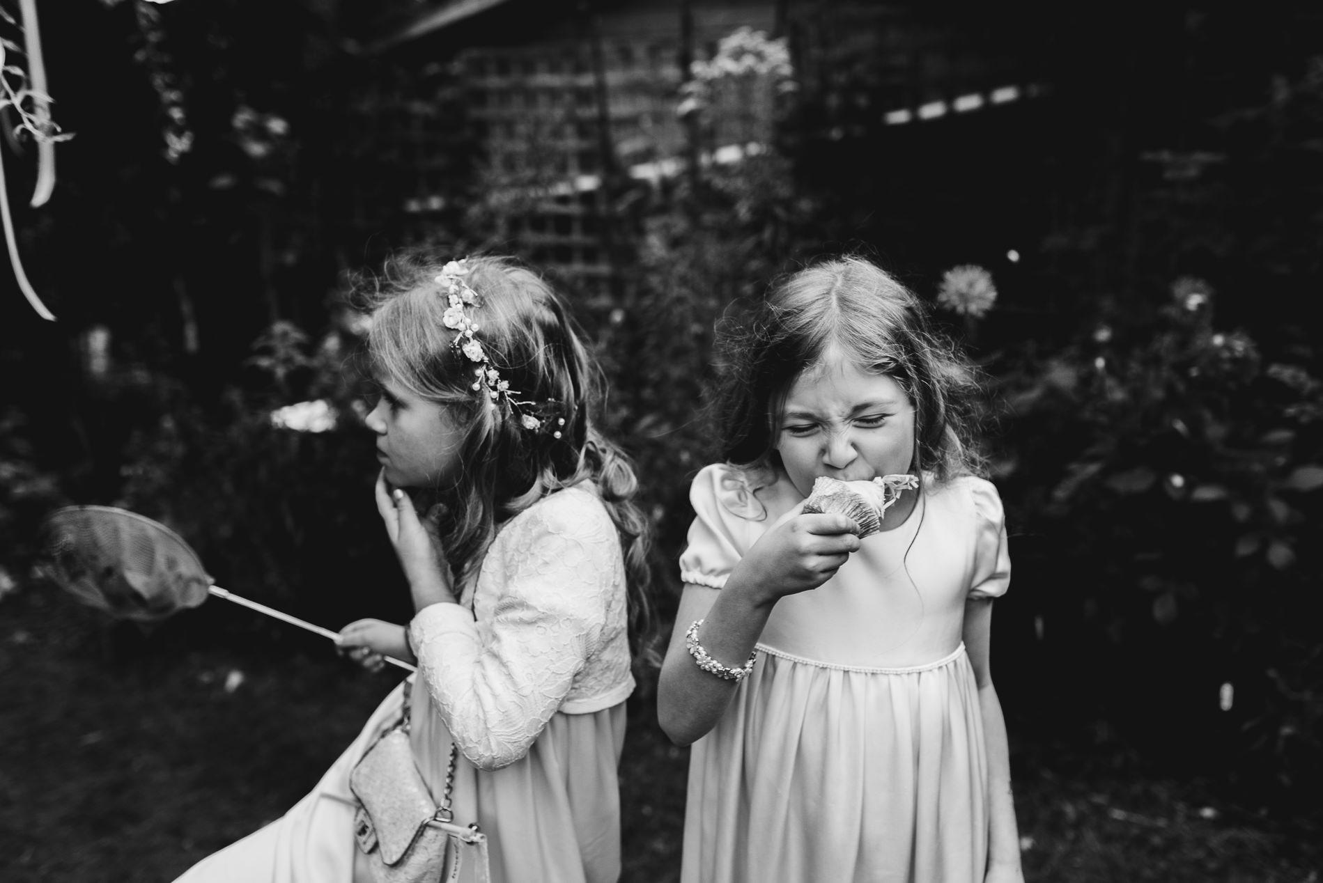 bohemian_wedding_lawshall_church_garden115