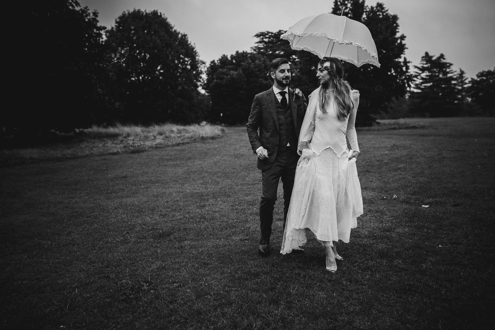 bohemian_wedding_lawshall_church_garden131