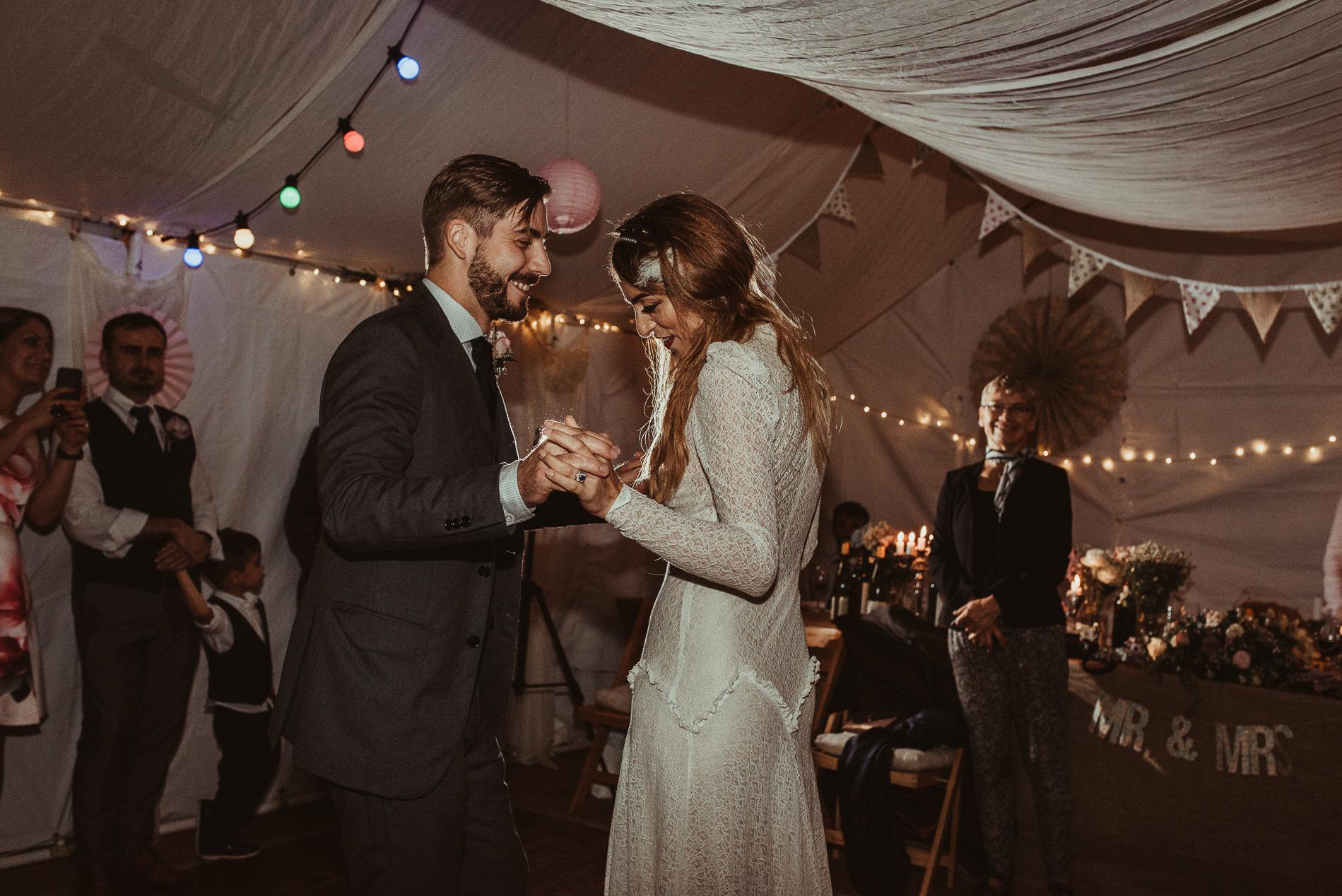 bohemian_wedding_lawshall_church_garden134