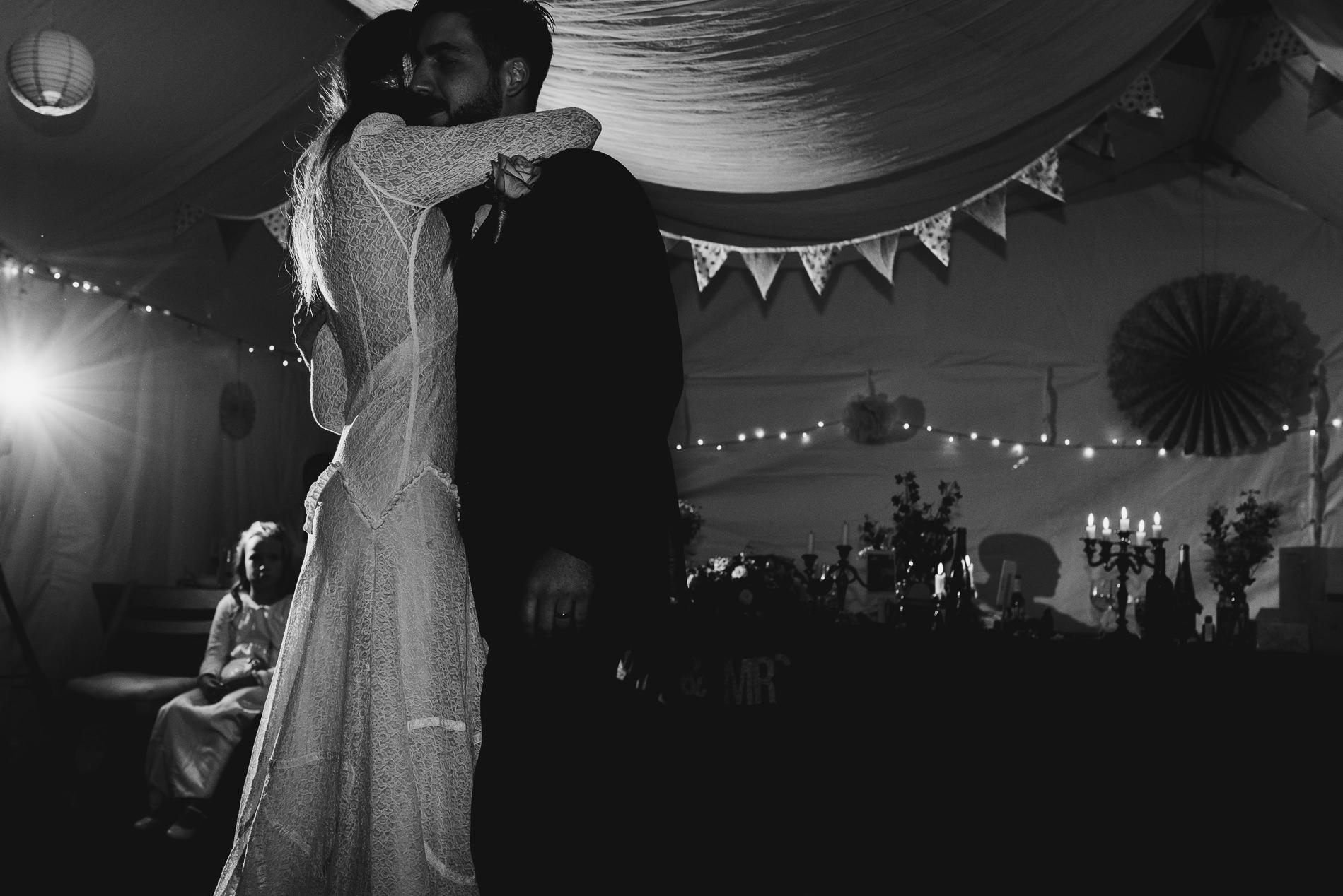 bohemian_wedding_lawshall_church_garden135