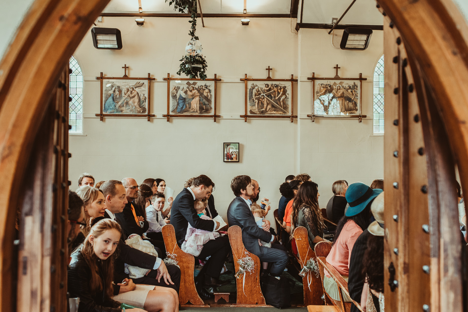 bohemian_wedding_lawshall_church_garden30