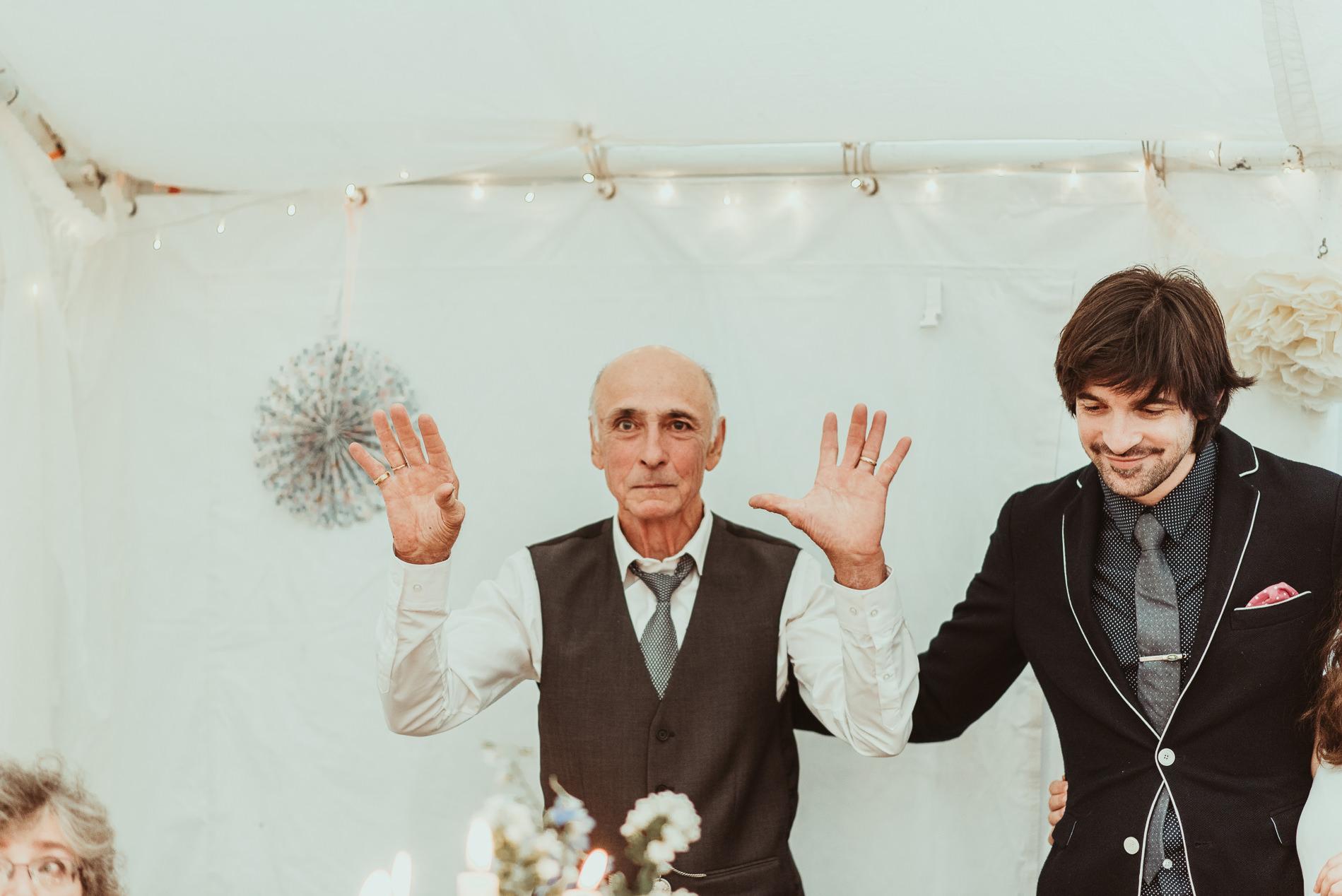 bohemian_wedding_lawshall_church_garden76
