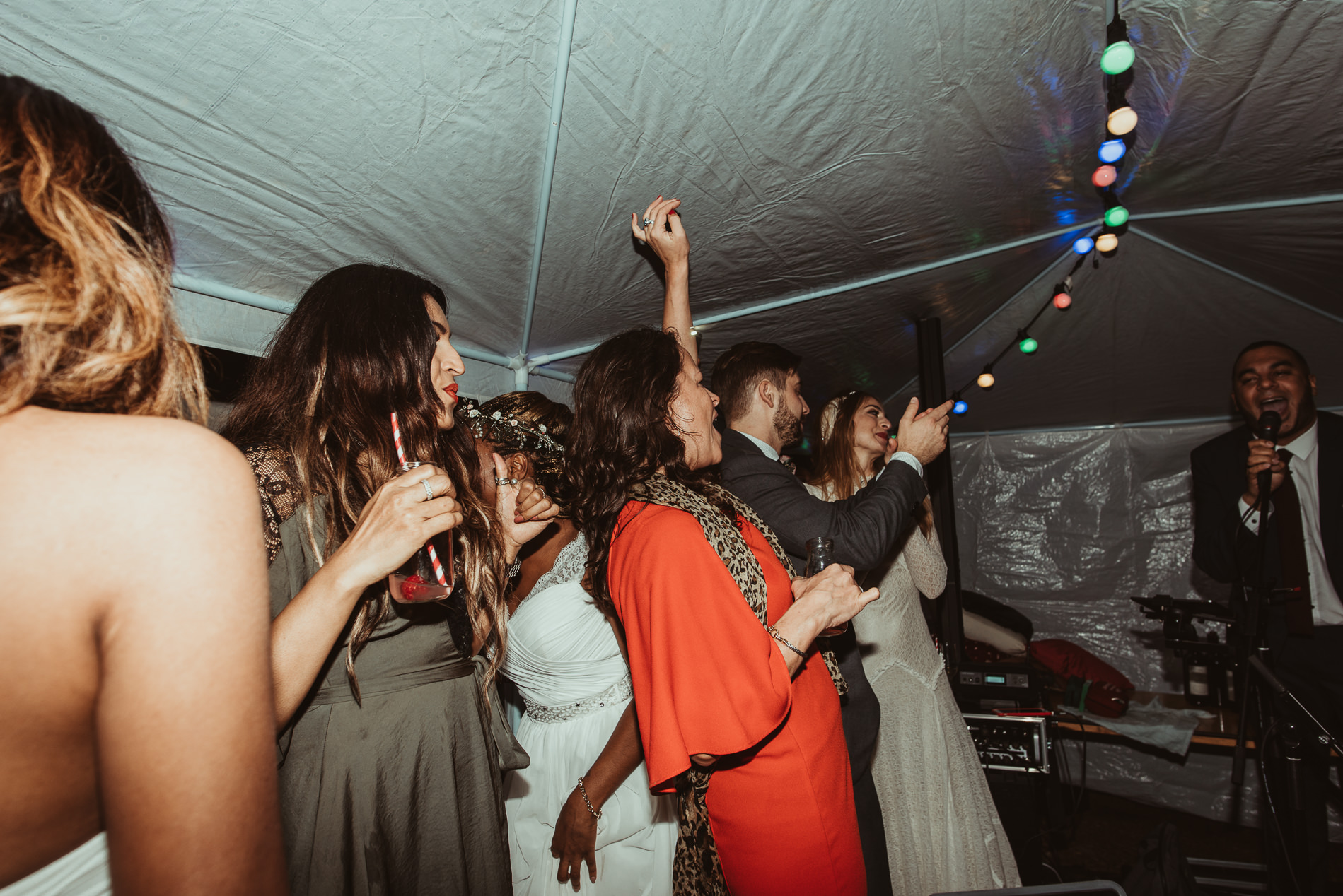 bohemian_wedding_lawshall_church_garden94