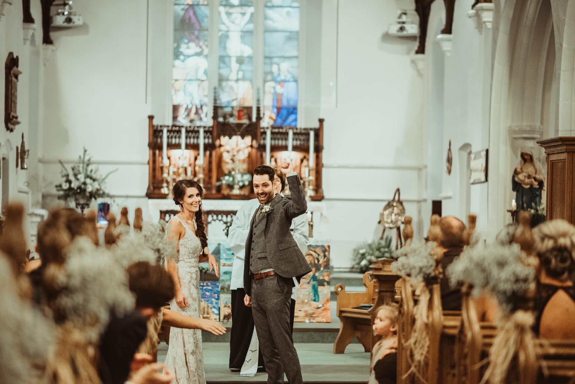 red_brick_barn_weddings_leigh_on-_sea_church-145
