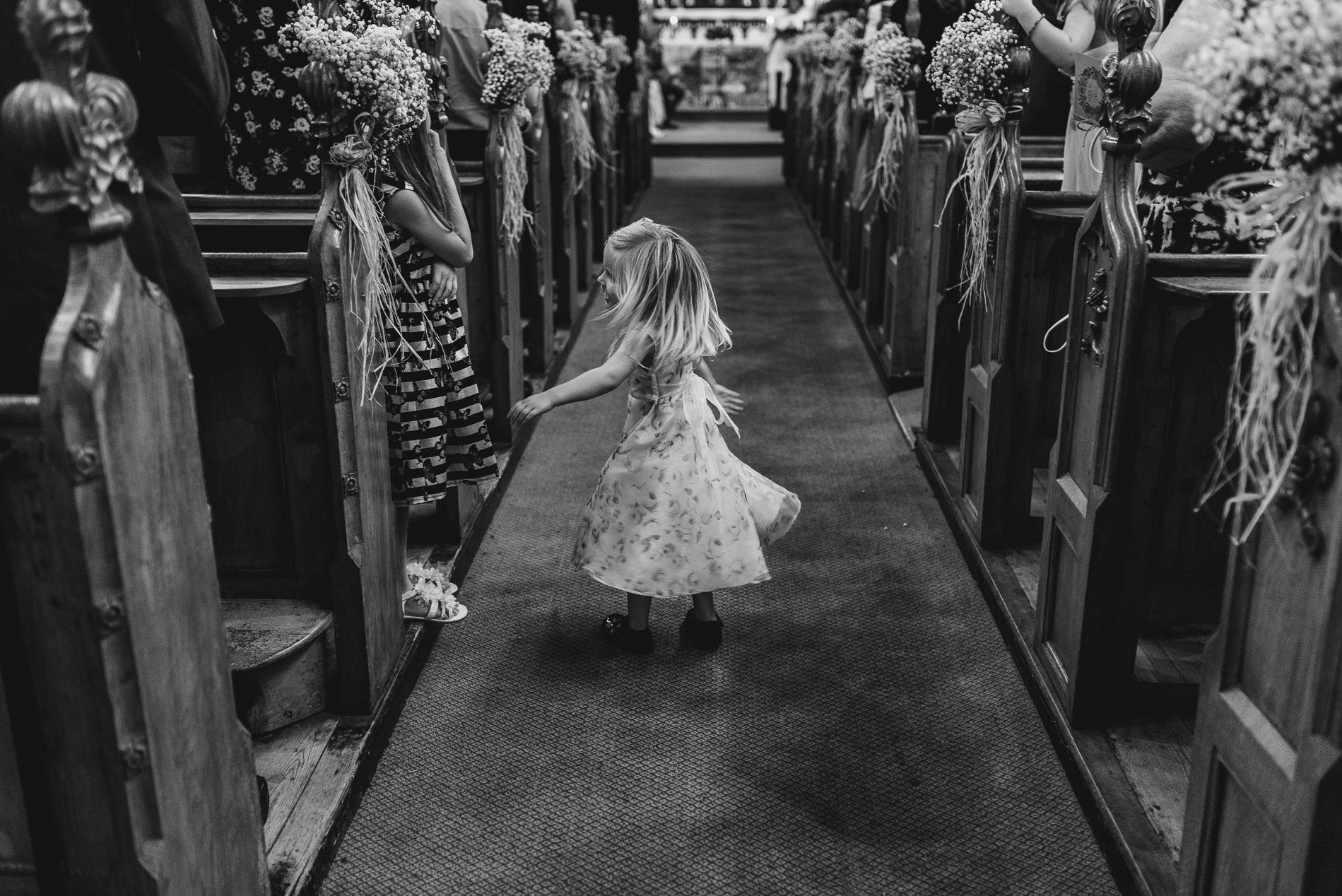 red_brick_barn_weddings_leigh_on-_sea_church-35